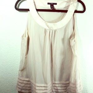H&M champagne sleeveless blouse
